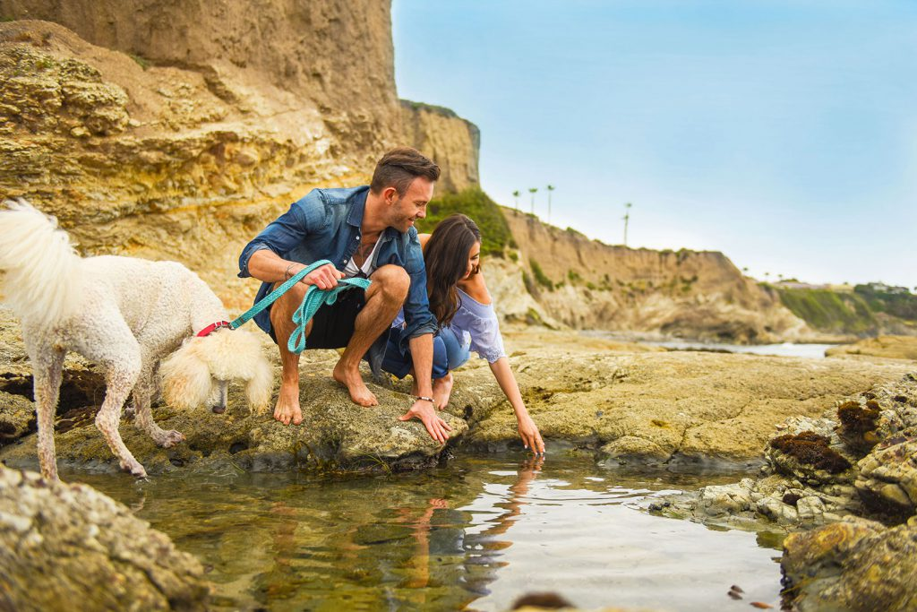 18206-tcr-young-couple-tide-pool